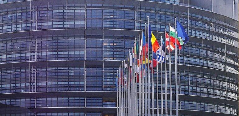 Евросоюз оштрафовал Google на $5 млрд за недобросовестную конкуренцию